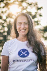 Die Textmechanikerin Elisabeth Strassert